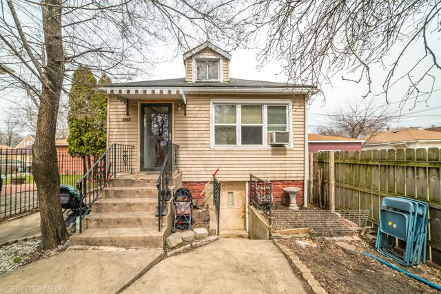3042 W 53RD Place, Chicago, IL 60632 (MLS #09905611) :: Lewke Partners