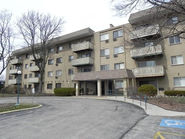 280 N Westgate Road #322, Mount Prospect, IL 60056 (MLS #09907535) :: Lewke Partners