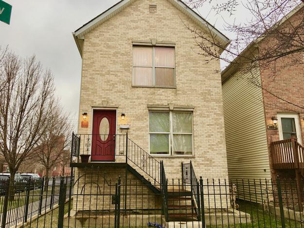 4058 W Gladys Avenue, Chicago, IL 60624 (MLS #09908400) :: The Jacobs Group