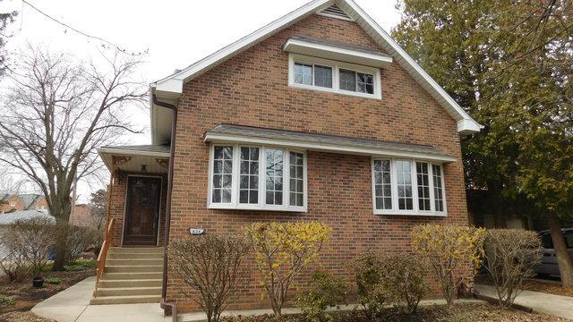 636 Arlington Avenue, Des Plaines, IL 60016 (MLS #09908696) :: Lewke Partners