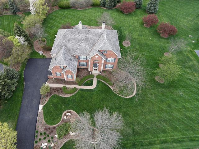 25341 N Countryside Drive, Lake Barrington, IL 60010 (MLS #09908778) :: The Jacobs Group