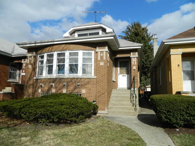 1813 Wisconsin Avenue, Berwyn, IL 60402 (MLS #09908950) :: The Perotti Group