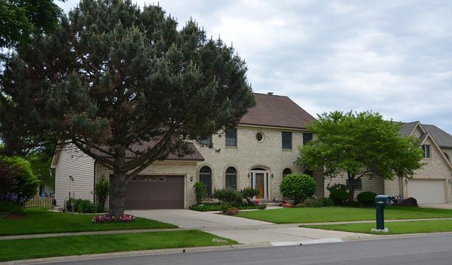 1814 Cranshire Lane, Naperville, IL 60565 (MLS #09908984) :: The Jacobs Group