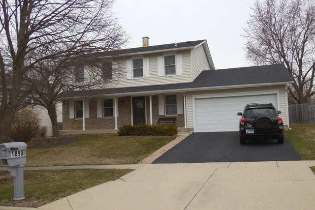 1890 Dogwood Drive, Hoffman Estates, IL 60192 (MLS #09908987) :: The Jacobs Group
