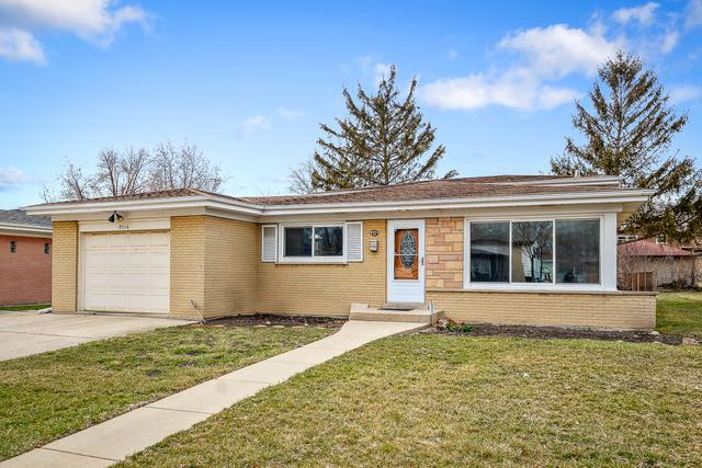 9514 Overhill Avenue, Morton Grove, IL 60053 (MLS #09909023) :: The Jacobs Group