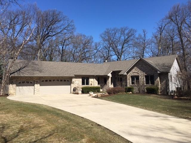 43W584 Tall Oaks Trail, Elburn, IL 60119 (MLS #09909047) :: Lewke Partners