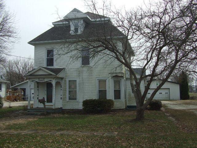 328 E Seminary Avenue, Onarga, IL 60955 (MLS #09910333) :: Lewke Partners