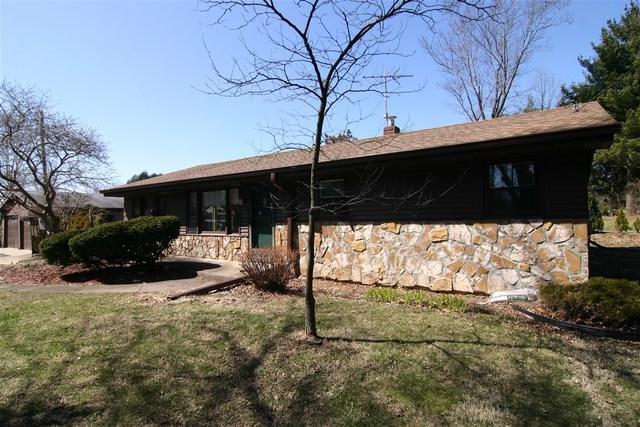 3937 S Weldon Road, Winnebago, IL 61088 (MLS #09910519) :: Lewke Partners