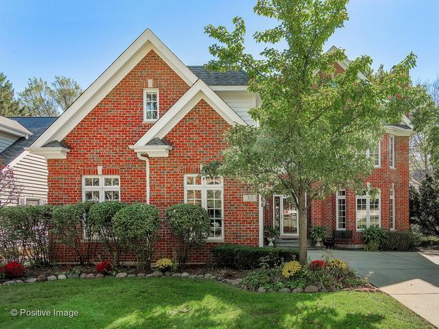 33 Waverly Avenue, Clarendon Hills, IL 60514 (MLS #09911546) :: The Jacobs Group