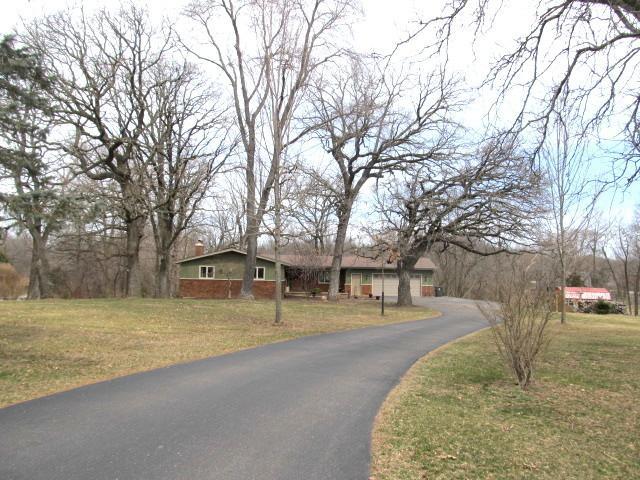12037 Bowen Parkway, Roscoe, IL 61073 (MLS #09911741) :: Lewke Partners