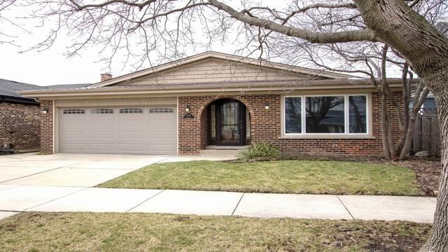 6938 N Dowagiac Avenue, Chicago, IL 60646 (MLS #09913008) :: Lewke Partners