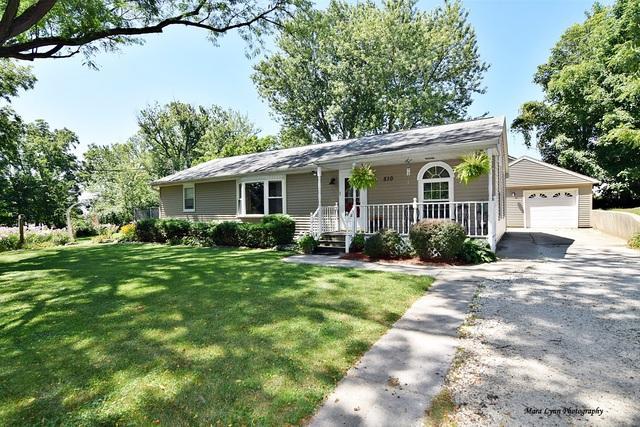 510 S 1st Street, Elburn, IL 60119 (MLS #09913477) :: Lewke Partners