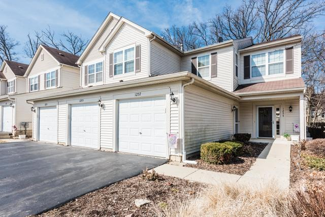1255 Brookdale Drive, Carpentersville, IL 60110 (MLS #09913627) :: The Jacobs Group
