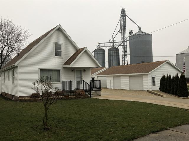 204 N Main Street, Roberts, IL 60962 (MLS #09913885) :: The Jacobs Group