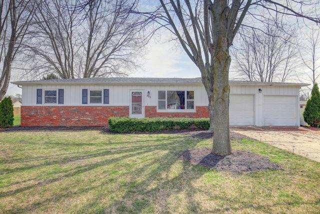 405 Park Circle, ST. JOSEPH, IL 61873 (MLS #09914357) :: Littlefield Group