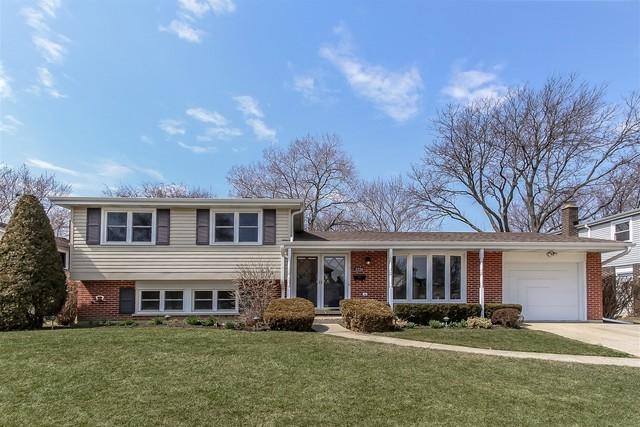 2226 N Ridge Avenue, Arlington Heights, IL 60004 (MLS #09916183) :: Lewke Partners