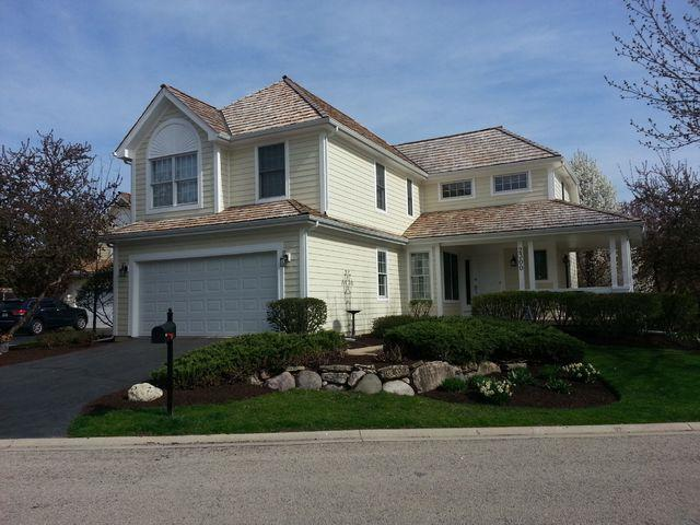 2300 Brookside Court, Aurora, IL 60502 (MLS #09916255) :: The Jacobs Group