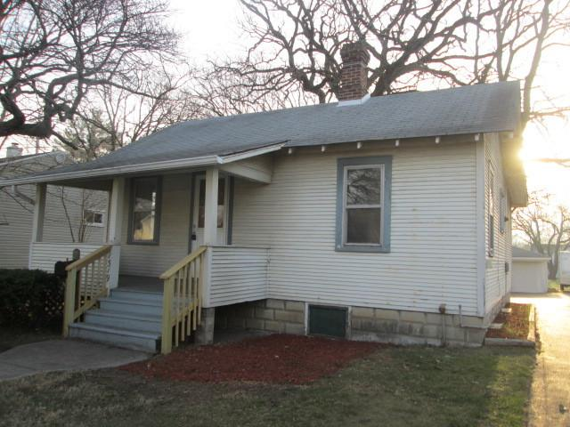 1319 Lincoln Street, Crete, IL 60417 (MLS #09916267) :: The Jacobs Group