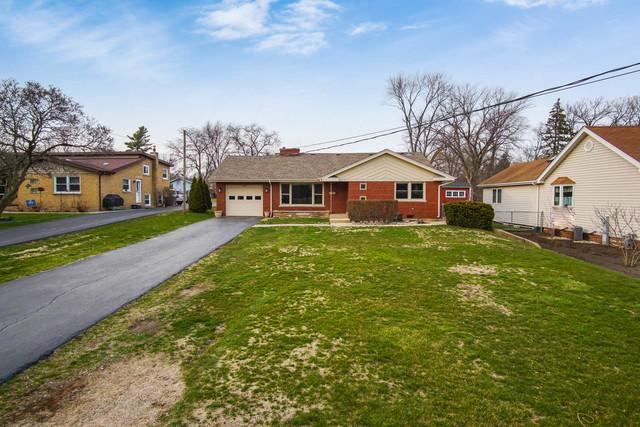 1700 Idlewild Lane, Homewood, IL 60430 (MLS #09917402) :: MKT Properties | Keller Williams