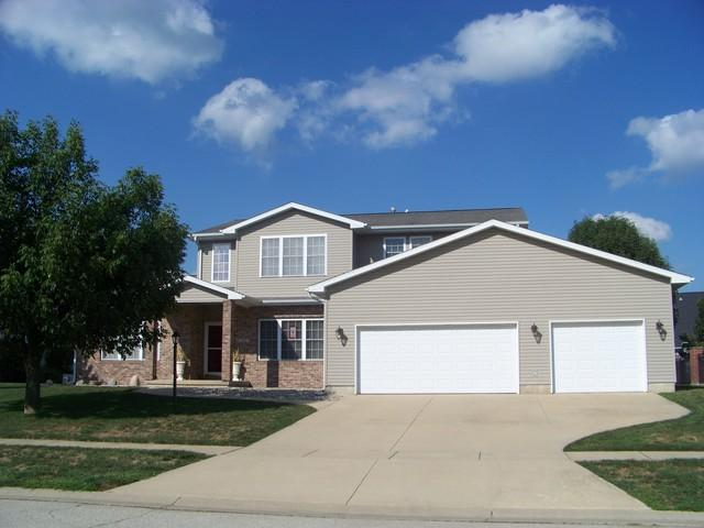 100 Giant City Road, MONTICELLO, IL 61856 (MLS #09917702) :: Littlefield Group