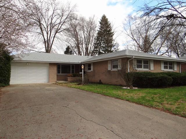 612 E Harding Drive, Urbana, IL 61801 (MLS #09918378) :: Littlefield Group