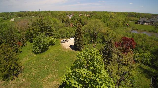 300 Canterberry Lane, Oak Brook, IL 60523 (MLS #09919045) :: Lewke Partners