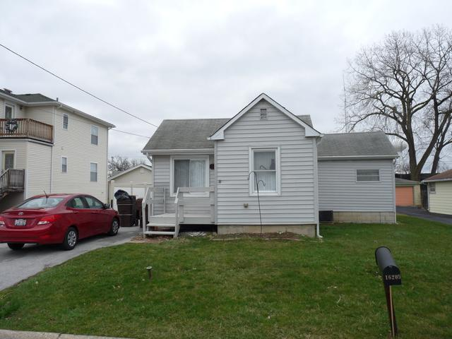 16205 Oak Avenue, Oak Forest, IL 60452 (MLS #09919214) :: The Wexler Group at Keller Williams Preferred Realty