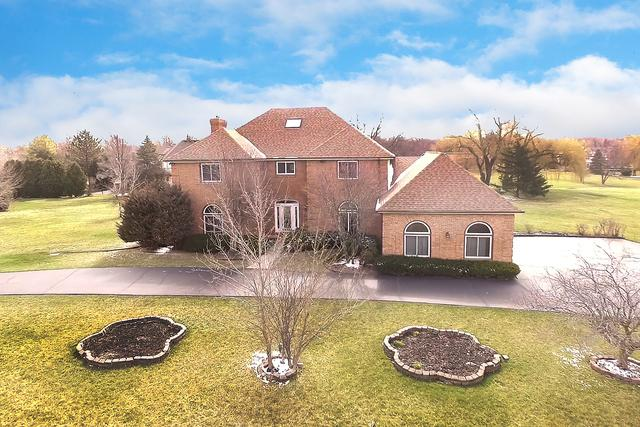 54 Seneca Avenue W, Hawthorn Woods, IL 60047 (MLS #09919598) :: Helen Oliveri Real Estate