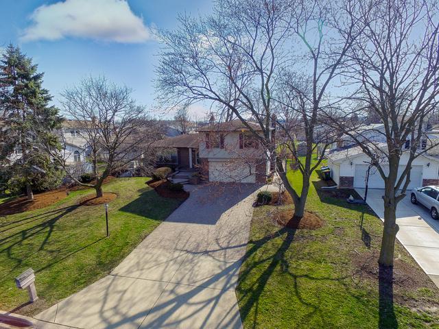 473 Eagle View Drive, Carol Stream, IL 60188 (MLS #09919806) :: Lewke Partners
