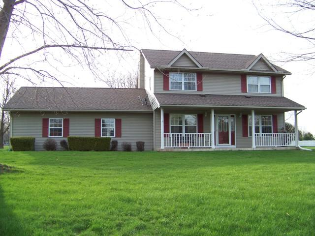 4 Sand Lake Court, MONTICELLO, IL 61856 (MLS #09919835) :: Littlefield Group