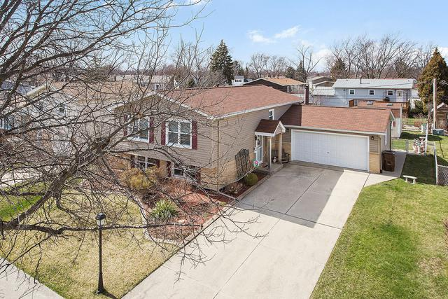 5820 Orange Lane, Oak Forest, IL 60452 (MLS #09920404) :: The Wexler Group at Keller Williams Preferred Realty