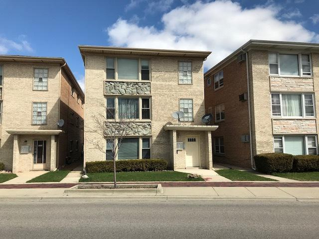 8222 W Grand Avenue, River Grove, IL 60171 (MLS #09920988) :: Lewke Partners