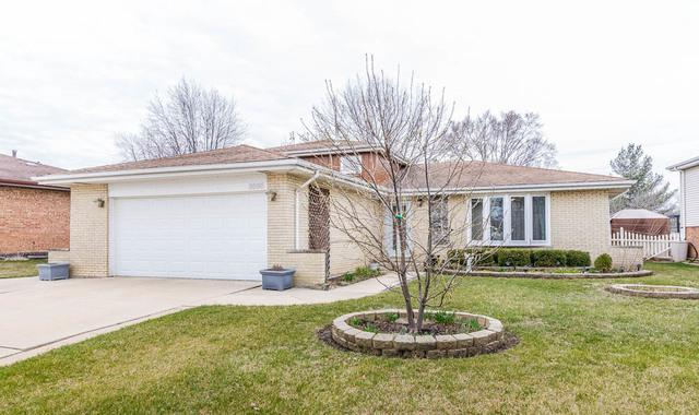 8565 163rd Street, Tinley Park, IL 60487 (MLS #09921331) :: The Wexler Group at Keller Williams Preferred Realty