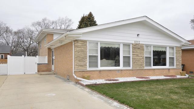 8212 Central Avenue, Morton Grove, IL 60053 (MLS #09921825) :: Helen Oliveri Real Estate
