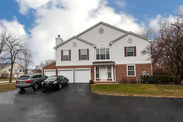 726 Grosse Pointe Circle #726, Vernon Hills, IL 60061 (MLS #09921932) :: Helen Oliveri Real Estate