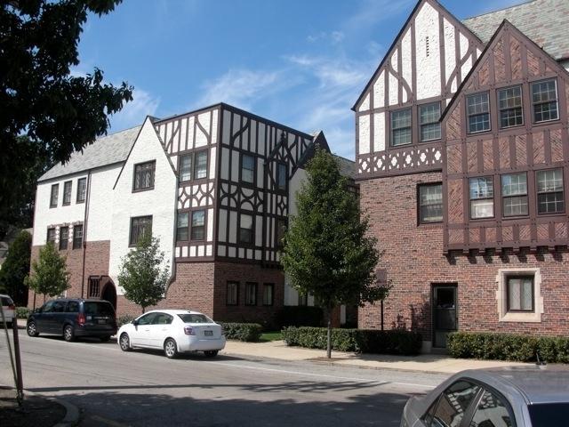 1095 Merrill Street 2D, Winnetka, IL 60093 (MLS #09921958) :: The Jacobs Group