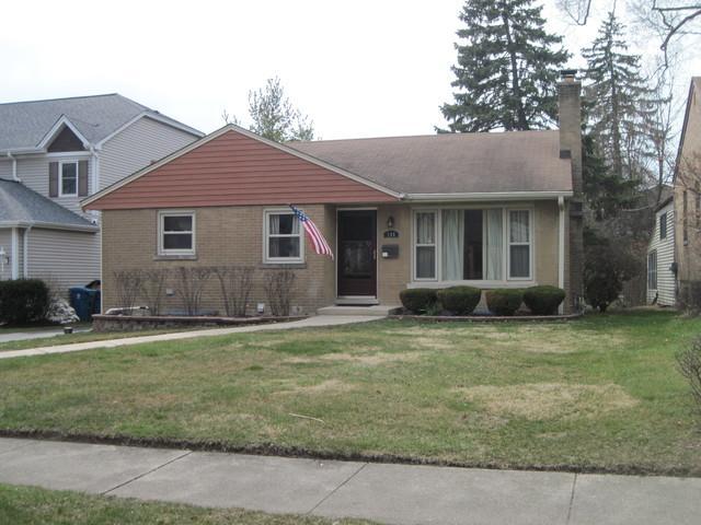 144 N Avon Road, Elmhurst, IL 60126 (MLS #09921975) :: Lewke Partners