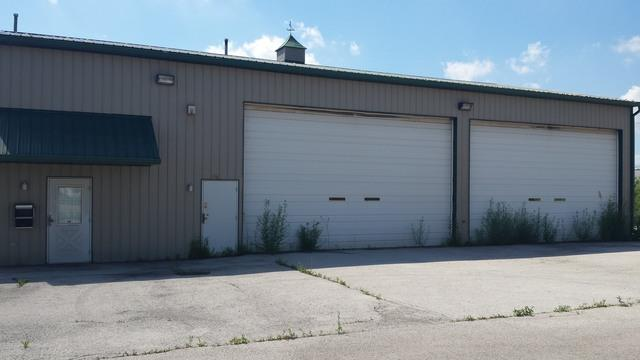 3222 Keeney Avenue, Steger, IL 60475 (MLS #09922073) :: Lewke Partners