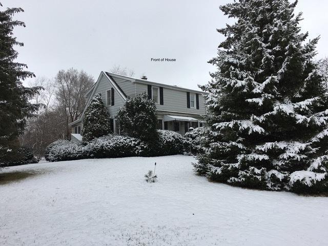 912 Muir Avenue, Lake Bluff, IL 60044 (MLS #09922088) :: Lewke Partners