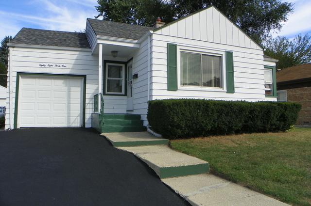 8831 S Talman Avenue, Evergreen Park, IL 60805 (MLS #09922089) :: Lewke Partners