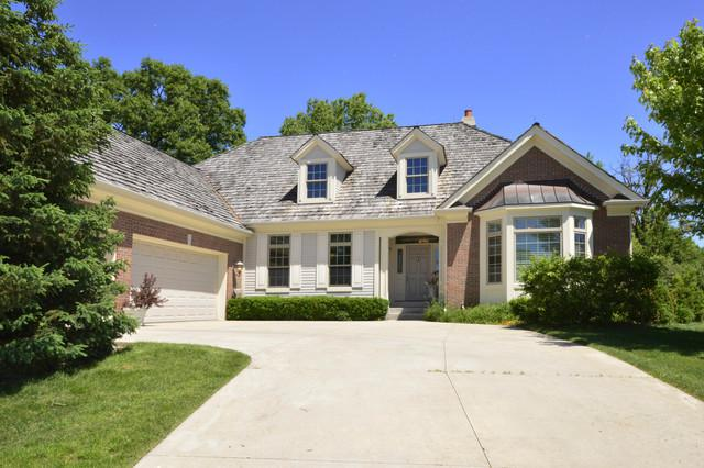 5403 S Pointe Court, Long Grove, IL 60047 (MLS #09922463) :: Helen Oliveri Real Estate