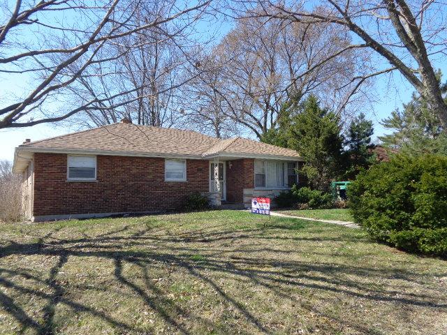 8141 W 92nd Place, Hickory Hills, IL 60457 (MLS #09922755) :: The Wexler Group at Keller Williams Preferred Realty