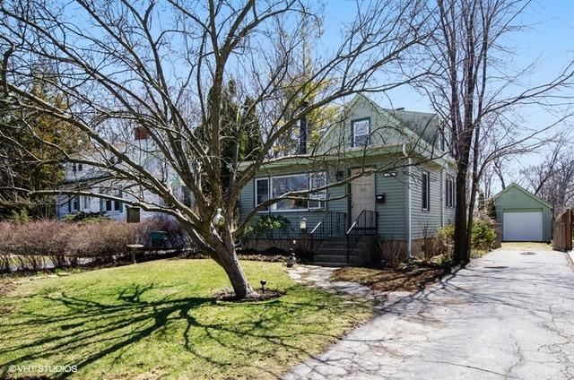 1656 Harding Road, Northfield, IL 60093 (MLS #09922772) :: Helen Oliveri Real Estate
