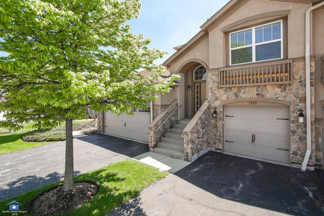 1923 Byman Lane, Vernon Hills, IL 60061 (MLS #09923090) :: The Schwabe Group