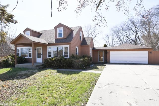 700 Pfingsten Road, Northbrook, IL 60062 (MLS #09923132) :: Helen Oliveri Real Estate