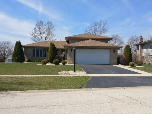 19610 S Highview Lane, Frankfort, IL 60423 (MLS #09923465) :: The Wexler Group at Keller Williams Preferred Realty