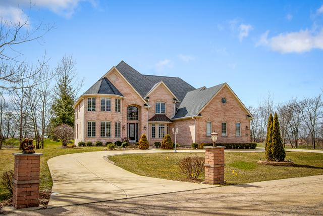 7N480 Hampton Drive, St. Charles, IL 60175 (MLS #09923478) :: The Wexler Group at Keller Williams Preferred Realty