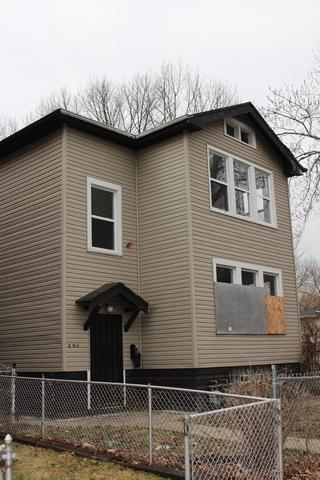 209 W 117th Street, Chicago, IL 60628 (MLS #09923513) :: Lewke Partners
