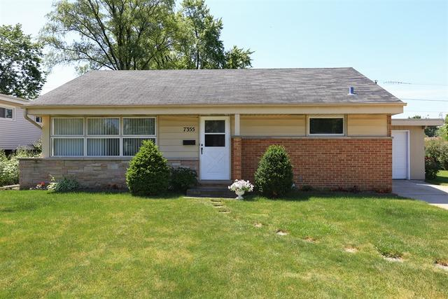 7355 Lyons Street, Morton Grove, IL 60053 (MLS #09923589) :: Helen Oliveri Real Estate