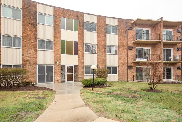 9716 S Karlov Avenue #104, Oak Lawn, IL 60453 (MLS #09923757) :: The Wexler Group at Keller Williams Preferred Realty